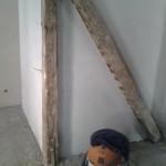 ungestrahlte_Holzkonstruktion