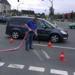 Beseitigung von Straßenmakierung 2