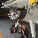 Doppeldecker Sternmotor während der Trockeneis Reinigung